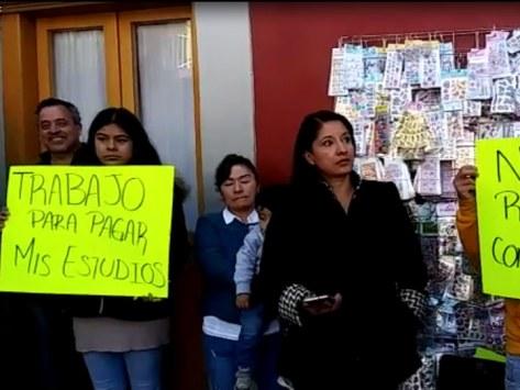 Resultado de imagen para Detienen a dos menores acusados de robo en plaza comercial
