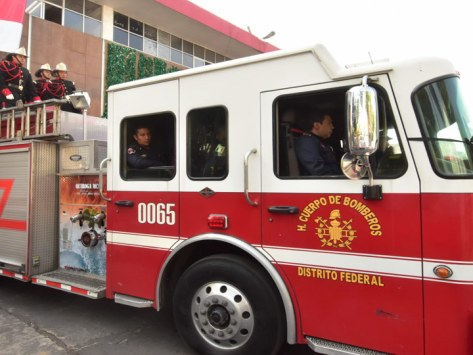 Resultado de imagen para Se abrirá convocatoria para plazas de bomberos de CDMX