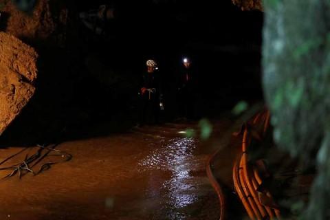 Rescatan a los 13 atrapados en Tailandia