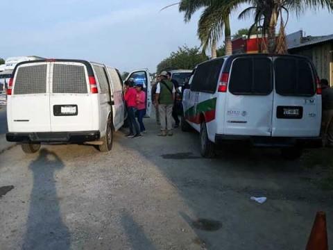 En Tampico, personal médico y de Derechos Humanos esperan a los migrantes para ser atendidos. Foto: Especial
