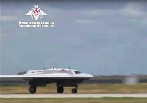 Presume Rusia un avión militar no tripulado