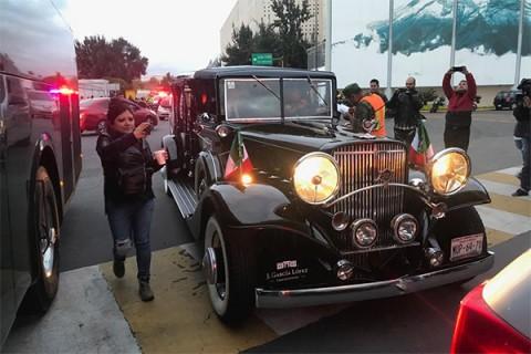 la carroza fúnebre es un vehículo clásico