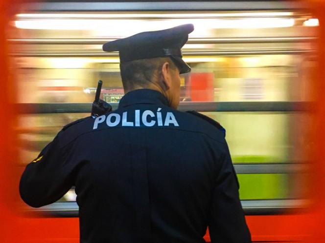 La Policía Auxiliar vigila 171 estaciones con 3 mil 627 elementos. Foto: Cuartoscuro