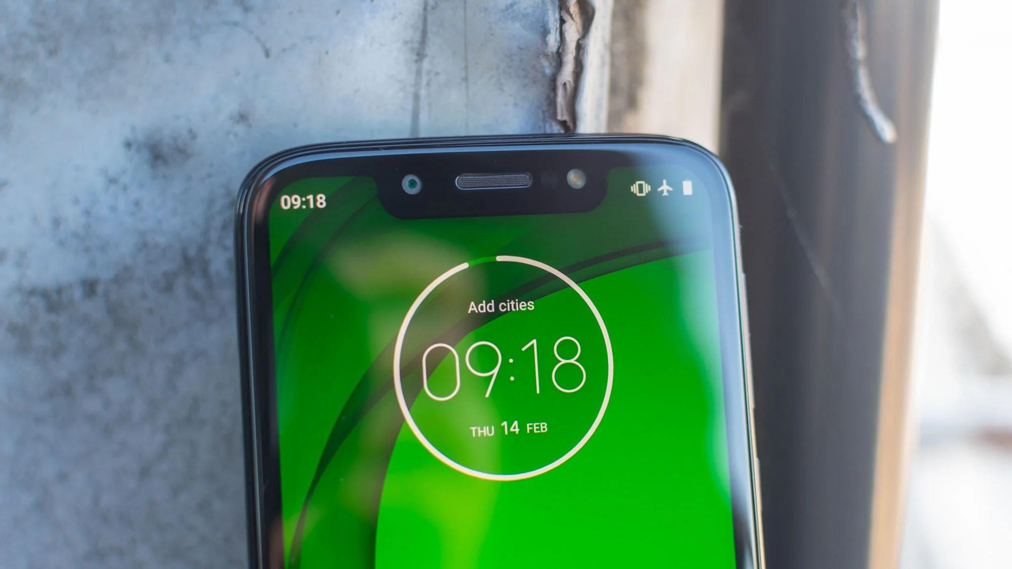 Motorola Moto G7 Play Review Motorola S Cheap And Almost