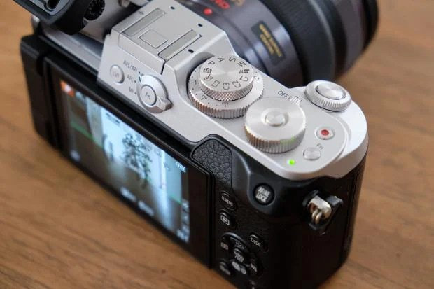 Panasonic GX8 controls