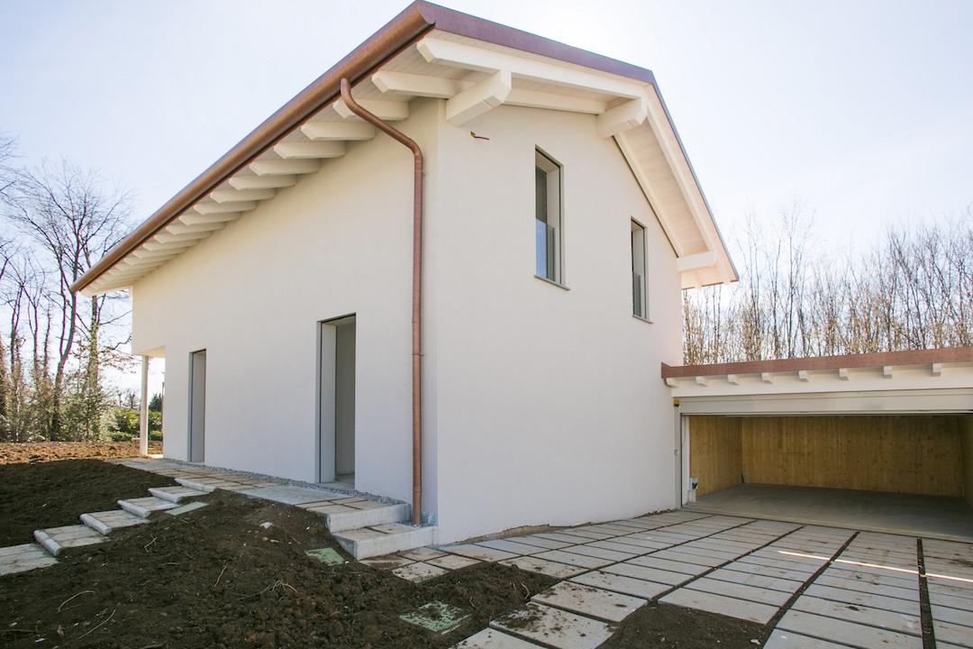 Case e immobili in vendita a Tradate  TrovoCasa