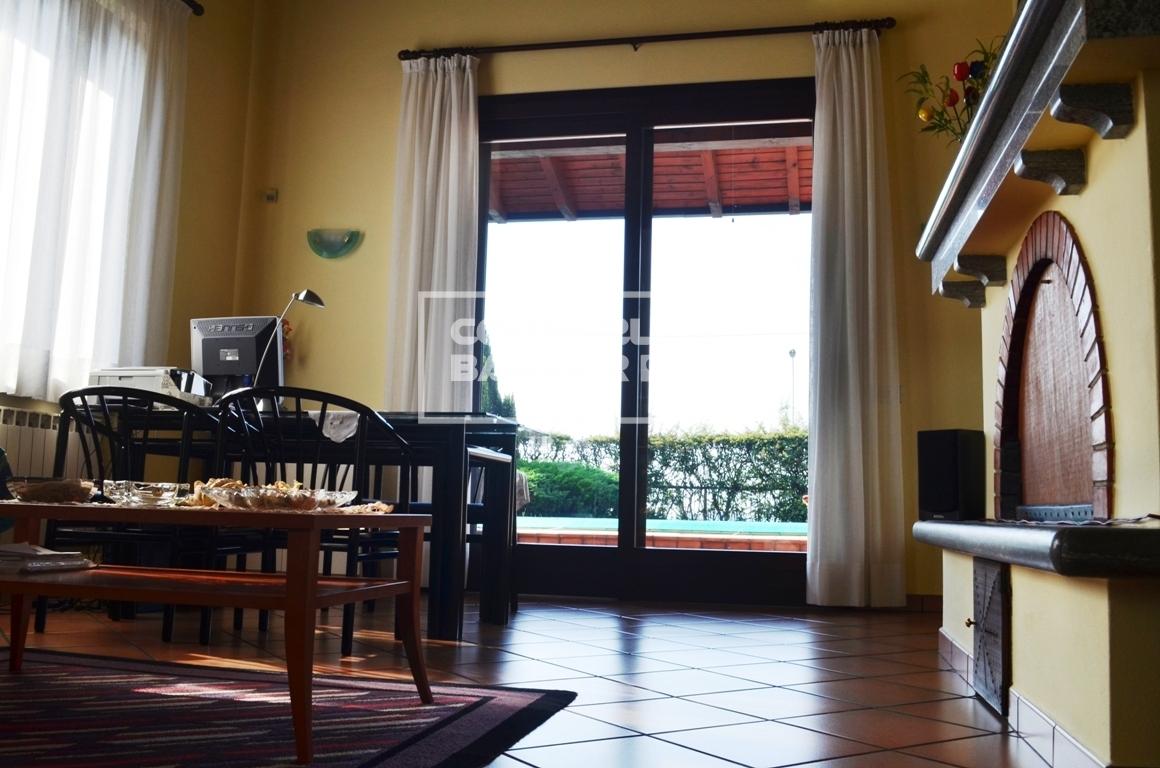 Villa a Arconate Cod V000796