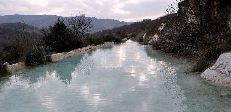 Terme libere di Bagno Vignoni  Parco dei Mulini  GoGoTerme
