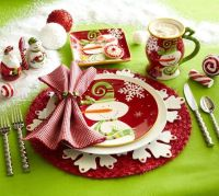 5 Table Settings that Set the Holiday Spirit