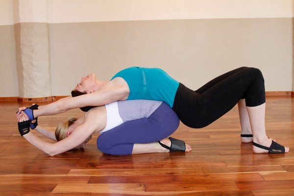 Easy Yoga Moves For Two Baotinforum Poses 2 Person