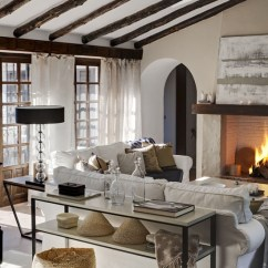 Gray Linen Sofa Slipcover Royal Blue Decor 23 Gorgeous Living Rooms With Fireplaces And Cozy ...