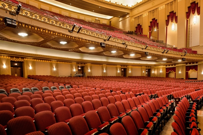 Theater Chair Covers Wooden Eddie Bauer High Selecting The Right Auditorium Or Theatre Seating