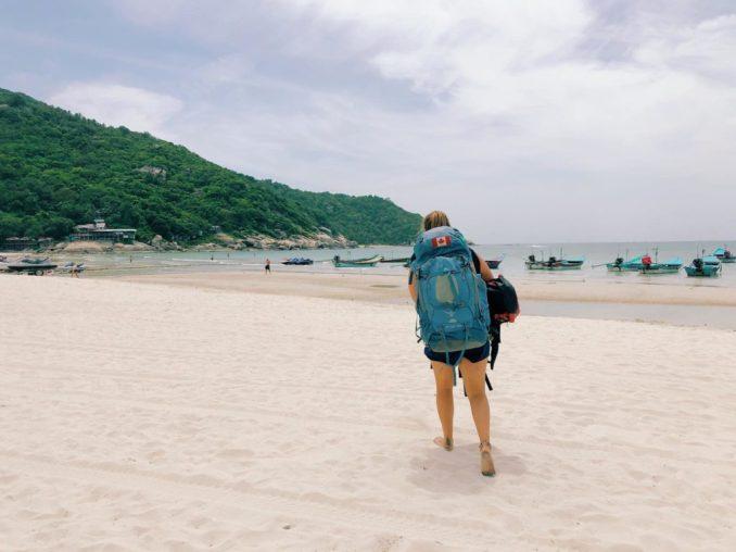 jasmin-neve-beach