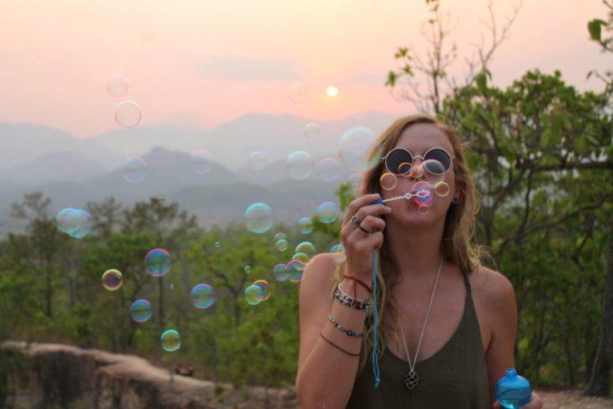 kyle-wright-bubbles