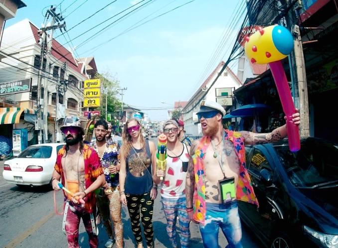 kyle-wright-thailand-songkran