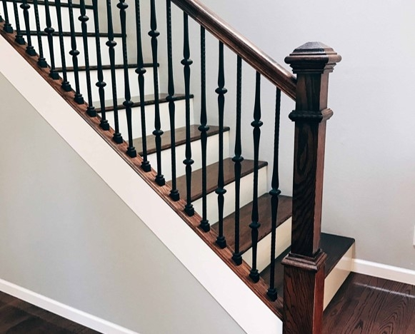Choosing Wood Or Wrought Iron Balusters For Your Home | Banister Rail And Spindles | Square | Traditional | Carved Wood | Residential | Glass