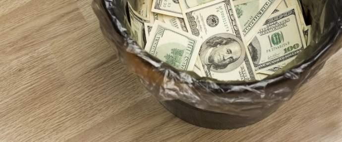 sales-mistake-throwing-away-money.jpg