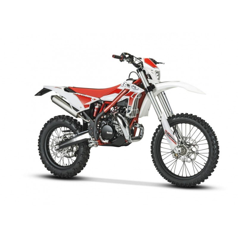 WHITE COMPLETE PLASTIC KIT BETA XTRAINER 2015-2017 WITH