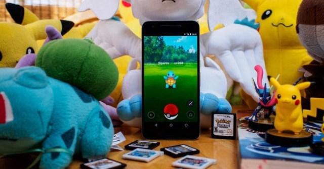 pokemon go en portatil con peluches