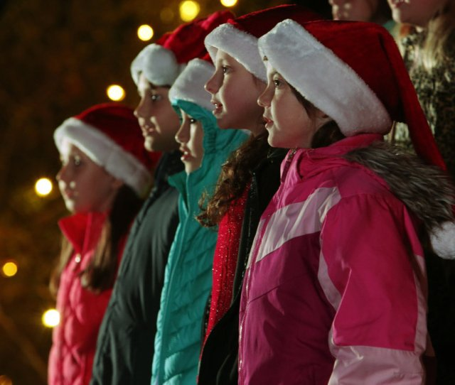 The Cleveland Cubs Choir Sing During The Norman Christmas Tree Lighting On Friday Dec