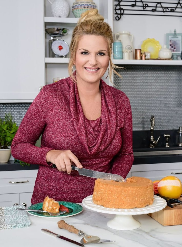 Interview photos and video Trisha Yearwood premieres 10th season of Food Network series