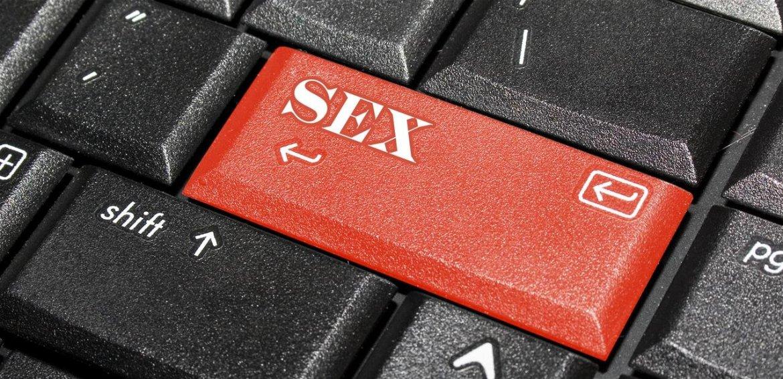 """Résultat de recherche d'images pour """"thomas rohmer porno et ados"""""""