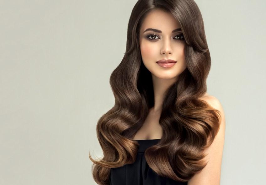 Para lucir un cabello sedoso, brillante y voluminoso, se necesita de una buena dosis de ácido fólico