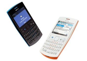 nokia_asha_205_cyan-and-orange-combo_ebuddy-chat