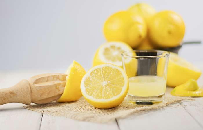 Lemon-Juice-Hair-Rinse