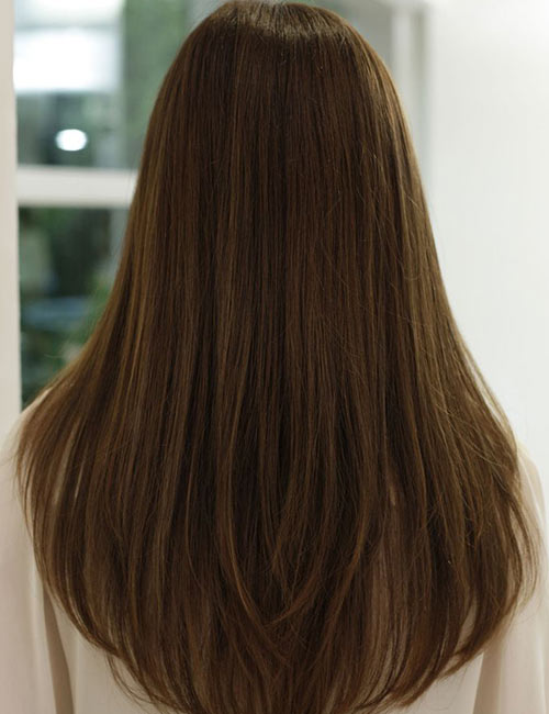 v haircut with layers