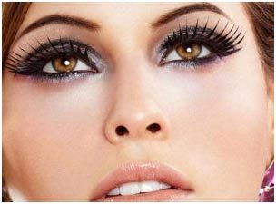 4843aa83e90 3 Simple Eye Makeup Tips That Will Make Your Big Eyes Pop