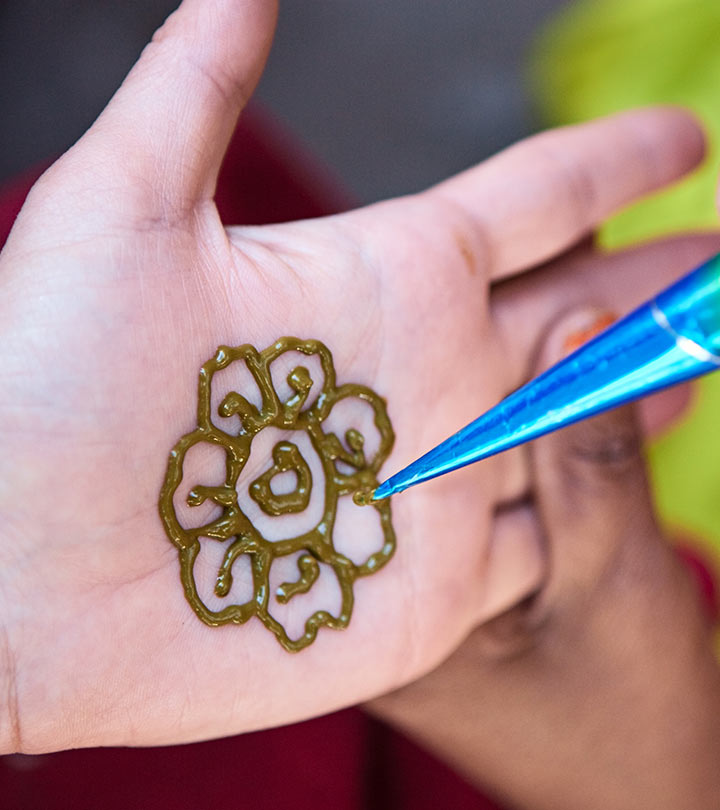 Latest Floral Arabic Mehndi Design For Front Hand