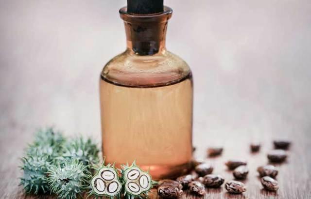 6. Castor Oil And Egg For Hair Growth
