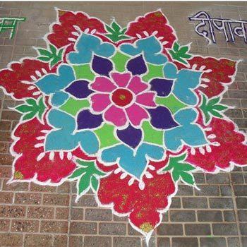 30 Simple And Easy Rangoli Designs To Try This Festive Season