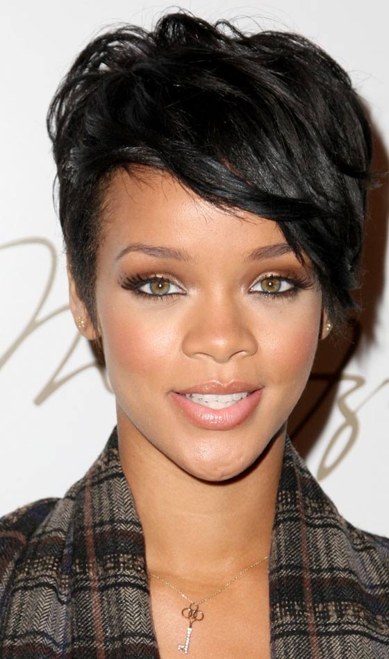 10 Trendy Rihanna's Short Hairstyles