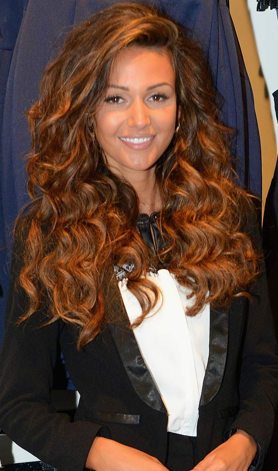 10 Stunning Curly Homecoming Hairstyles