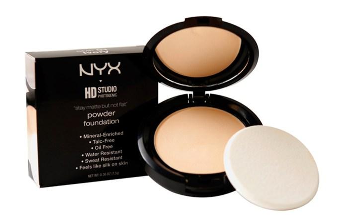 Nyx-Stay-Matte-But-Not-Flat-Powder-Foundation