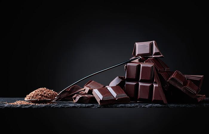 डार्क चॉकलेट के फायदे और नुकसान – Dark Chocolate Benefits and Side Effects  in Hindi