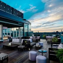 Thompson Toronto Ontario 101 Hotel
