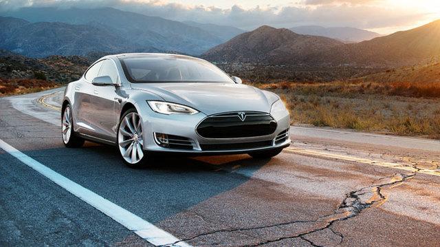 Tesla:我們正跟 Google洽談合作開發自動駕駛車輛技術 | T客邦