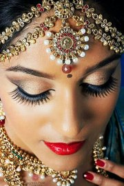 south indian bridal makeup 30