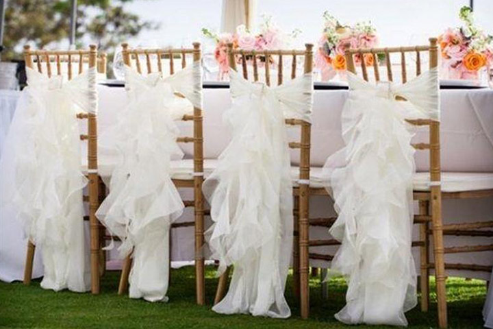 best chiavari chairs wing back dining 12 white wedding decoration ideas to brighten your big day