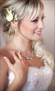 evergreen romantic bridal hairstyles