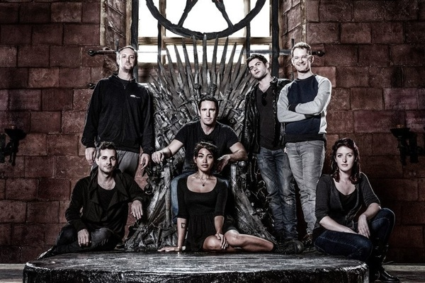 iron throne chair lightweight folding lawn chairs nine inch nails' trent reznor hangs out on set of game thrones