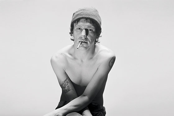 https://i0.wp.com/cdn2.thelineofbestfit.com/media/2012/10/elliott-smith.jpg