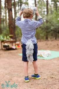 Easy Yarn Wolf or Dog Tail Costume Tutorial | Tikkido.com