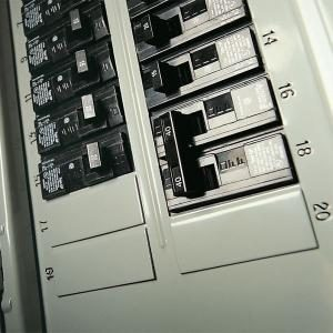 110 Volt House Wiring Diagram Testing A Circuit Breaker Panel For 240 Volt Electrical
