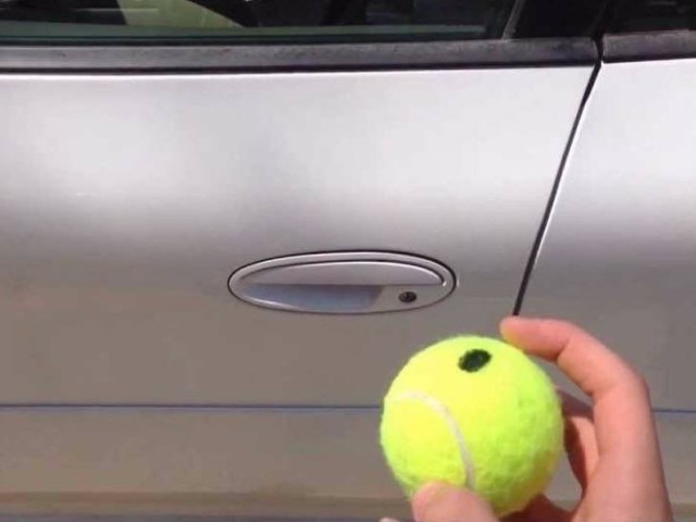 9-tennis-balls-cant-open-locked-car-doors-2