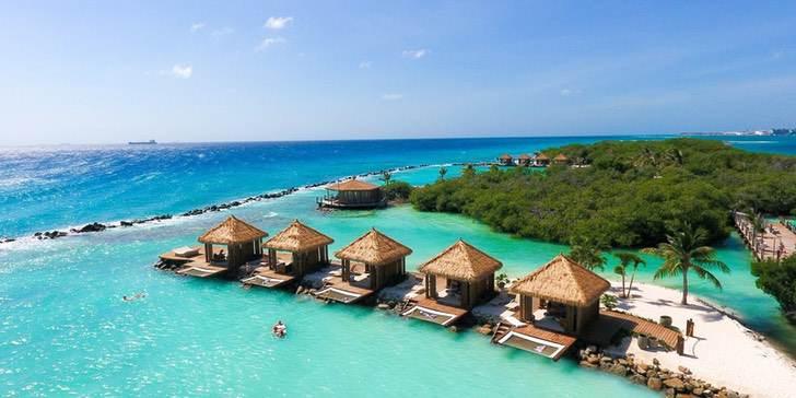 Caribe Aruba playa coronavirus vacaciones trabajo0000 - Aruba estaría ofreciendo estadías y empleos para vivir 3 meses. Lo mejor del Caribe, a su alcance