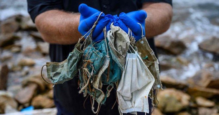 EpRvLF2XUAA9gt8 - Casi 6 mil toneladas de cubrebocas han terminado en los océanos solo en 2020. Una realidad alarmante